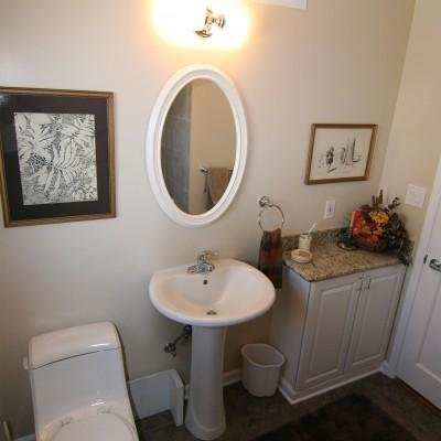 Bathroom_Sybil_4